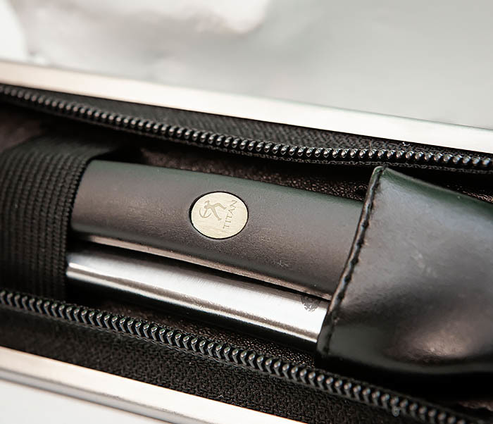 RAZ492 Недорогая опасная бритва «TITAN» с пластиковой рукояткой фото 04