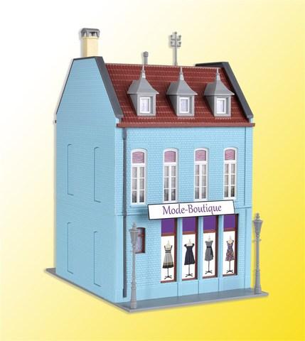 Kibri 38394 Жилой дом с магазином одежды, НО