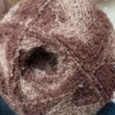 Фото: Пряжа Суперфантазийная цвет 786 бежево-коричневый Пехорка - купить в интернет-магазине Клубок Шоп