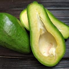 Авокадо королевский (Доминикана), 1 кг (2 -3 шт)