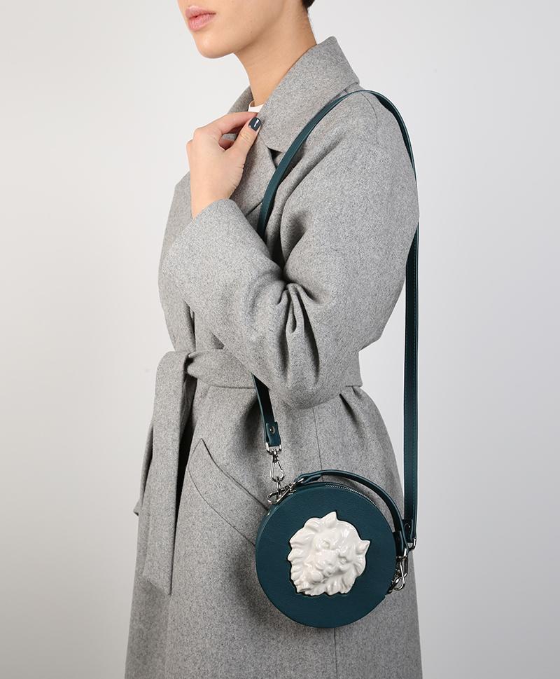 Круглая сумка из кожи Mini Lion Duck