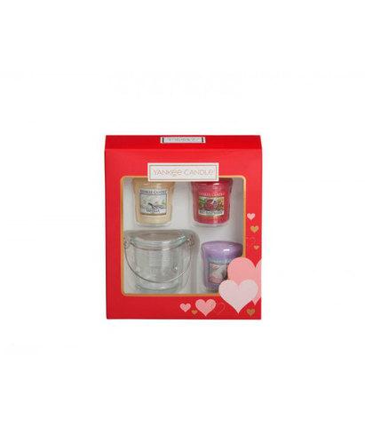 Подарочный набор 3 вотива и подсвечник Сердце, Yankee Candle