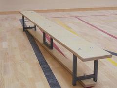 Скамейка гимнастическая на металлических ножках 1.5м (многослойная клеенная древесина).