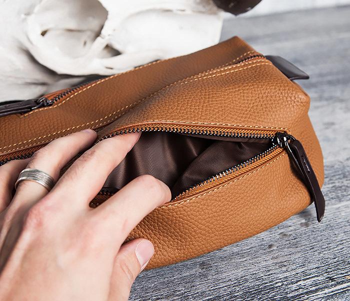 BAG422-2 Мужская сумка из кожи за спину с одной лямкой фото 06