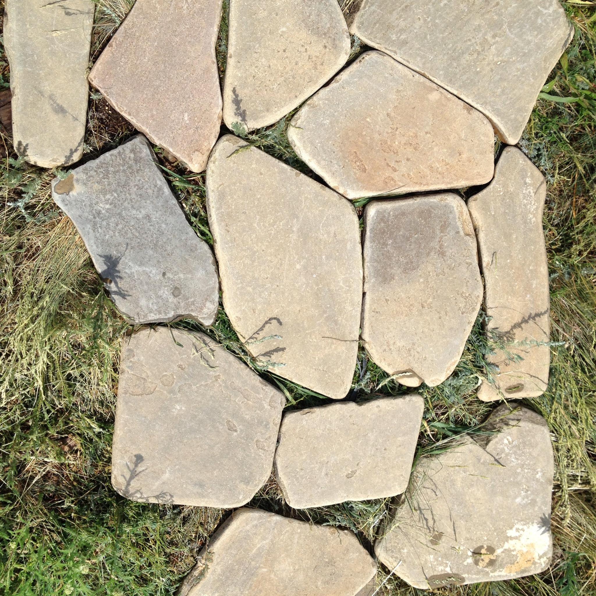 Песчаник галтованный Ручейник Серый сухой камень