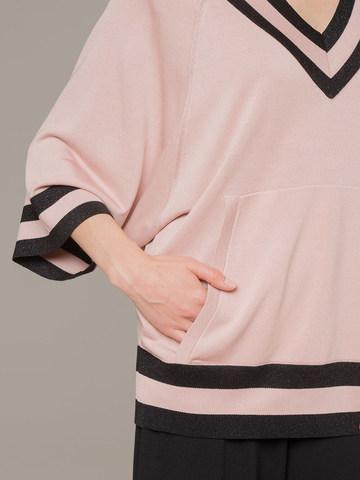 Женский джемпер светло-розового цвета с v-образным вырезом - фото 2