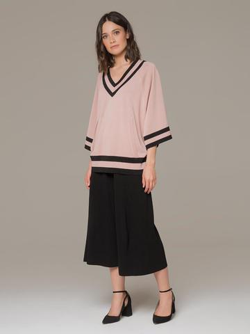 Женский джемпер светло-розового цвета с v-образным вырезом - фото 4