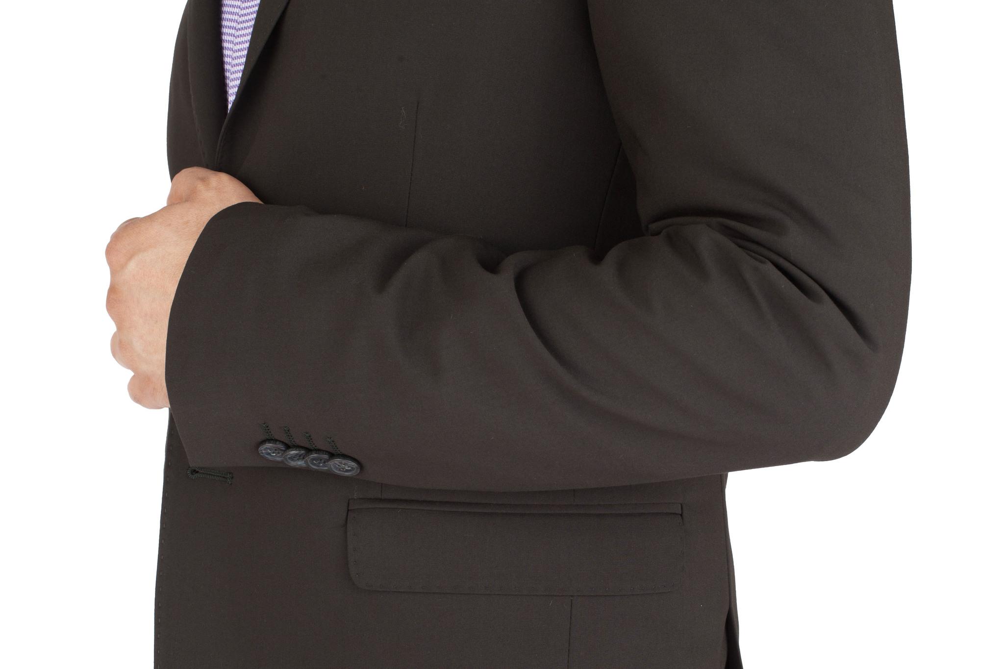 Чёрный шерстяной костюм, накладной карман