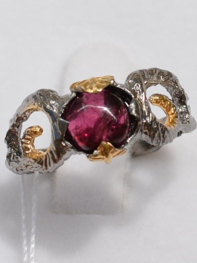 Велес-турмалин (серебряное кольцо с позолотой)