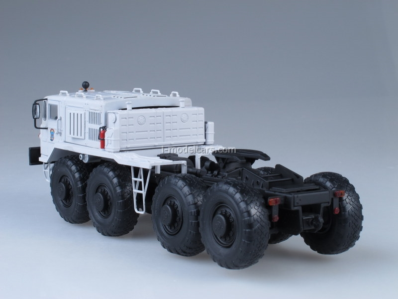 MAZ-537 tractor unit MChS Ministry of Emergency 1:43 Start Scale Models (SSM)