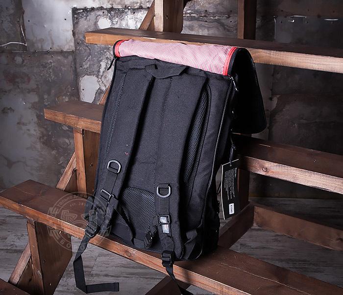 BAG405-1 Вместительный рюкзак трансформер сумка из ткани черного цвета фото 06