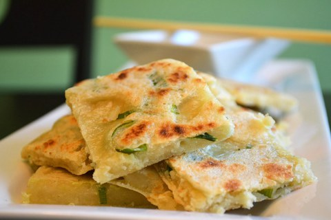 https://static-eu.insales.ru/images/products/1/4919/14422839/Chinese_Spring_Onion_Pancakes_last.jpg