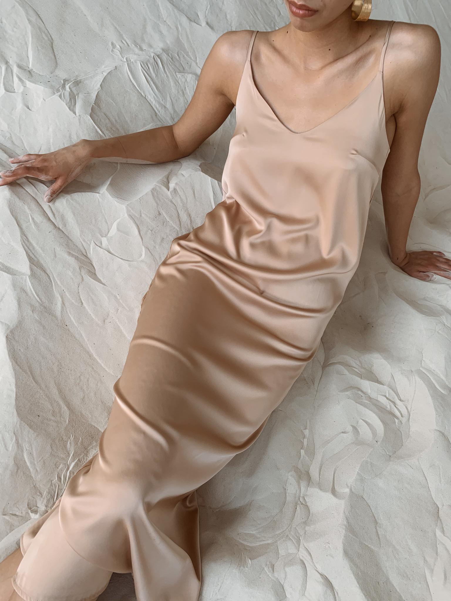 Шелковое платье комбинация (бежевый)