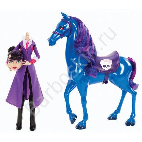 Кукла Monster High Директриса без головы Бладгуд (Headless Headmistress Bloodgood)  и ее конь Кошмар