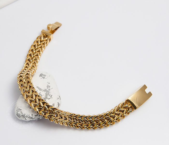 Массивный мужской браслет золотого цвета (22 см)
