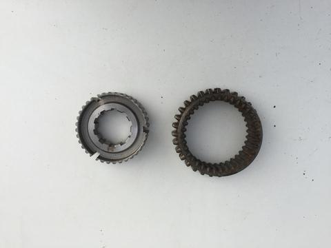 Муфта синхронизатора первой и второй передач со ступицей (комплект) 4 ст. КПП