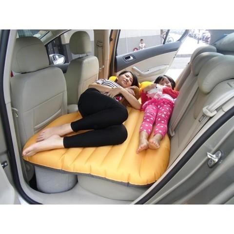 Матрас-кровать надувной автомобильный
