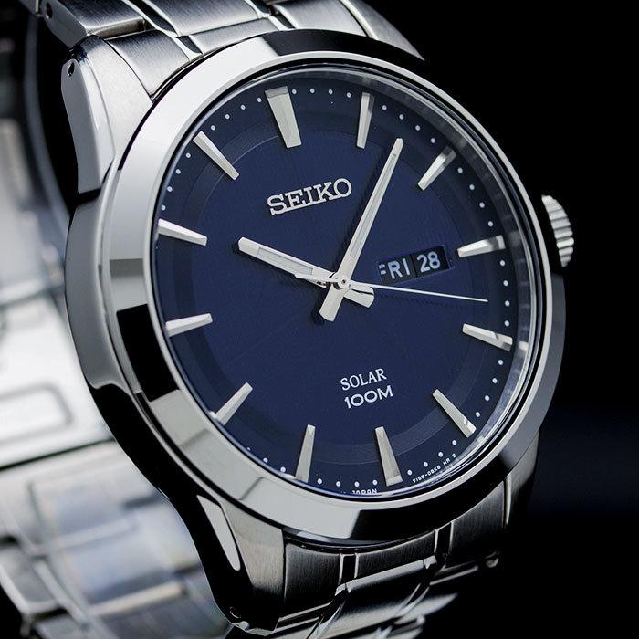 Часы совершенно уникальная, стильная, статусная вещь.
