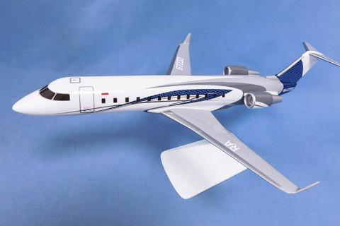 Модель самолета CRJ-200 (М1:72, Business jet)