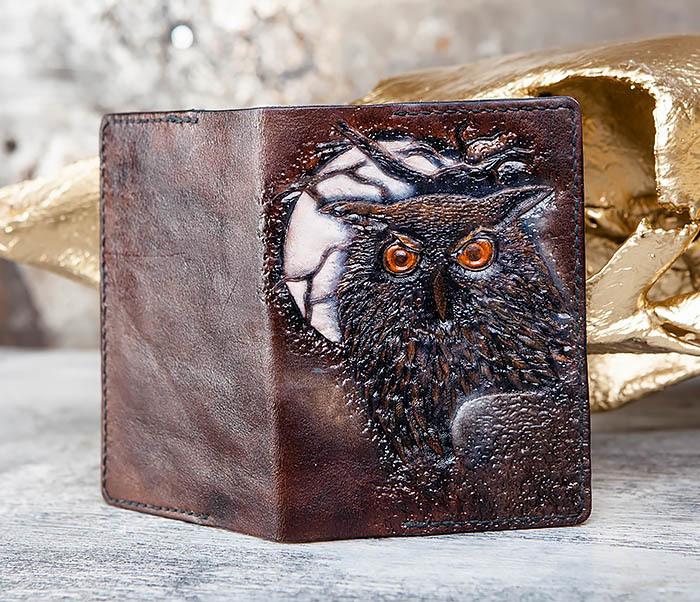 BC180 Кожаная обложка для паспорта с филином фото 01