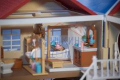 Домик Anbeiya family 015-12 с полным набором мебели