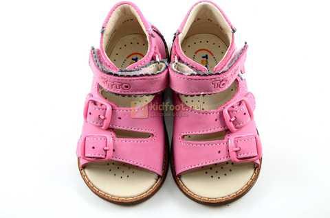 Босоножки Тотто на первый шаг из натуральной кожи открытые для девочек, цвет розовый. Изображение 8 из 10.