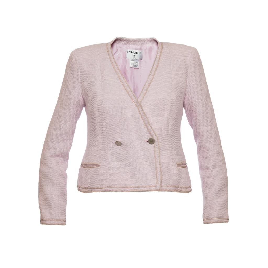 Роскошный жакет из твида бледно-розового цвета от Chanel, 40 размер