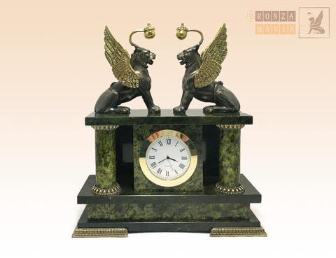 часы Банковский мост - Грифоны