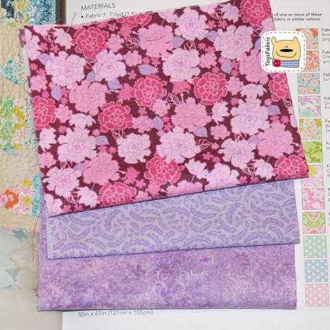 Мини набор тканей для пэчворка М5636 Сиреневый с цветами (22х27см/3шт.)
