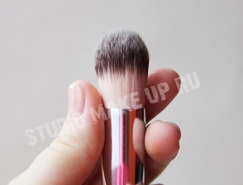Кисть для кремовых текстур сухих текстур TF cosmetics HBF-04