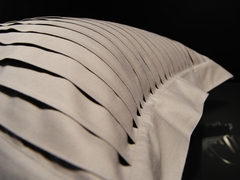 Наволочка 70х70 Christian Fischbacher Luxury Nights Pleats 701 коричневая
