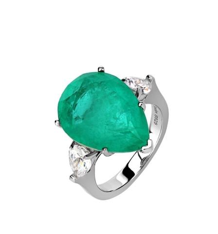 Кольцо из серебра с изумрудным камнем