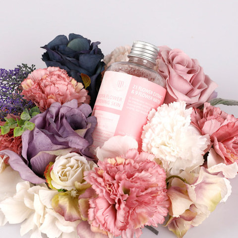 Цветочный увлажняющий тонер, 200 мл / 1004 Laboratory Hydra Flower Brightening Skin