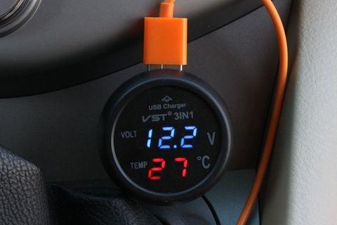 Автомобильный вольтметр с термометром VST-706+USB зарядка (12-24V)