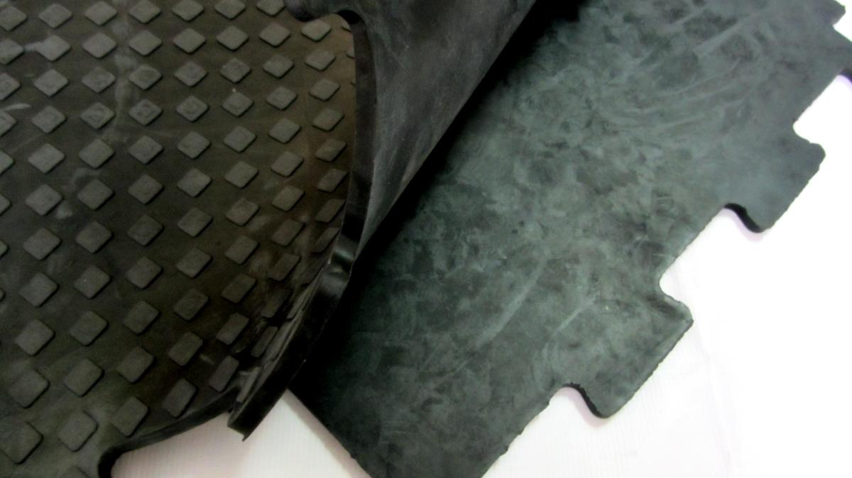 Резина СпецПол 10мм, 500х500мм (9005)