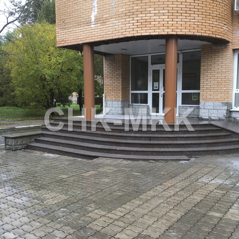 Лестница №8 гранит Елизовский (Россия)