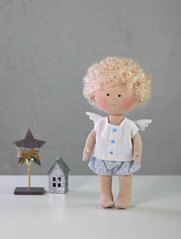 Лялька хлопчик ангел Джордж