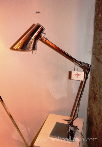 replica  Kelvin table lamp