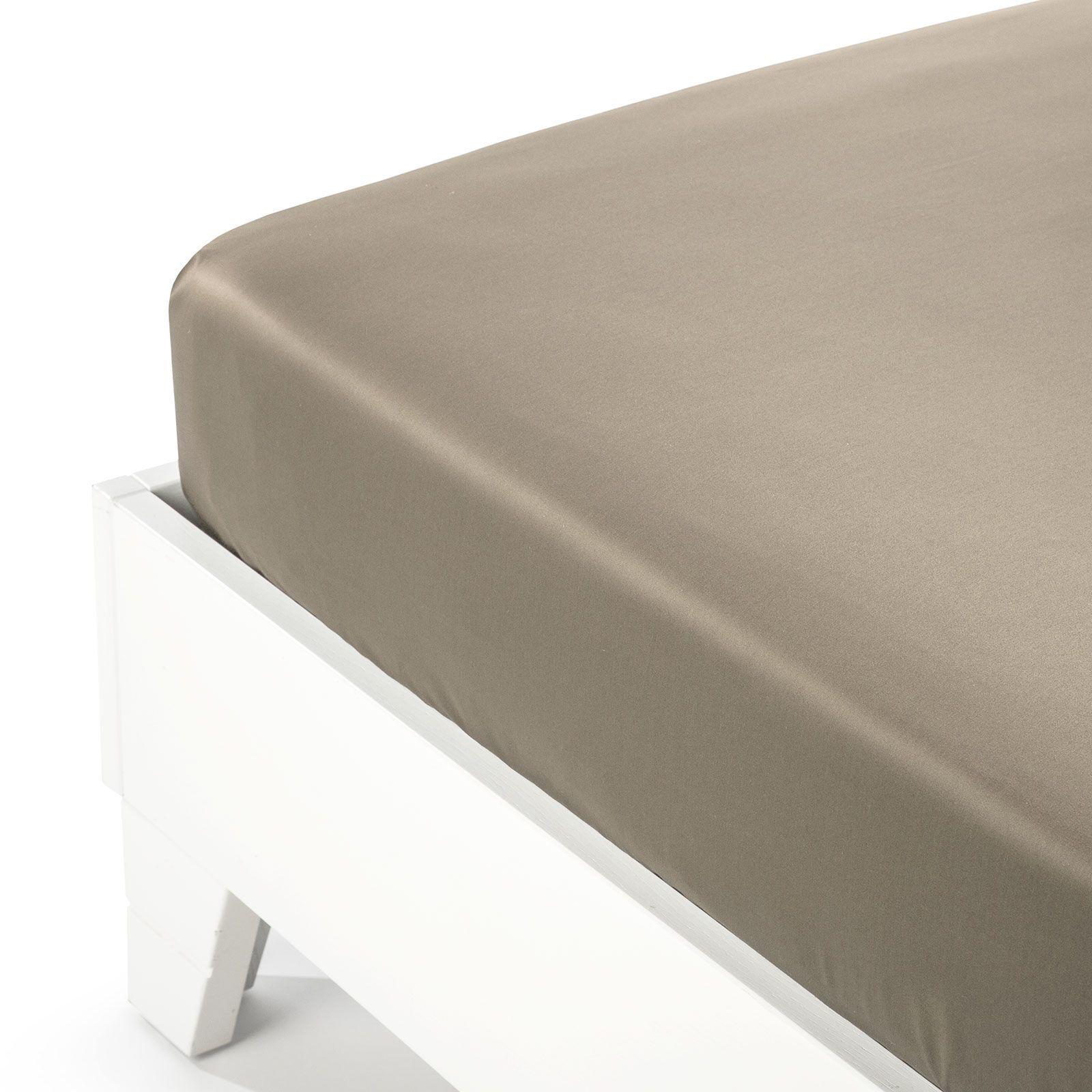 На резинке Простыня на резинке 160x200 Сaleffi Raso Tinta Unito с бордюром сатин серо-коричневая prostynya-na-rezinke-90x200-saleffi-raso-tinta-unito-satin-tortora-italiya.jpg