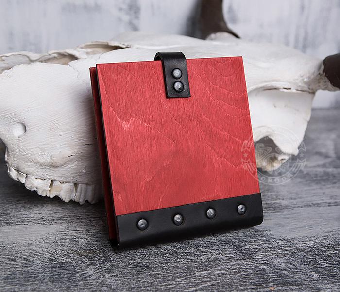 BC127-4 Небольшой деревянный блокнот красного цвета, ручная работа фото 03