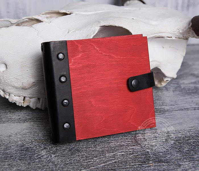 BC127-4 Небольшой деревянный блокнот красного цвета, ручная работа фото 04