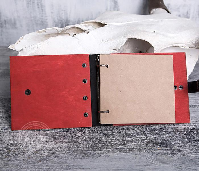 BC127-4 Небольшой деревянный блокнот красного цвета, ручная работа фото 06