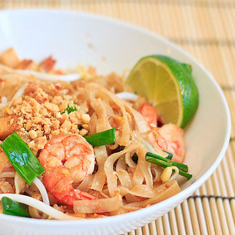 https://static-eu.insales.ru/images/products/1/5018/38933402/pad_thai.jpg