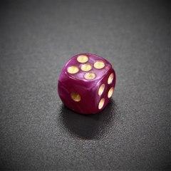 Кубик D6: мраморный фиолетовый