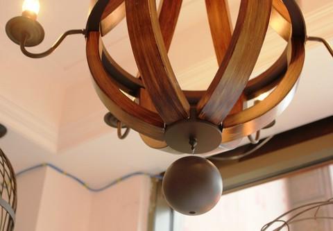 vintage chandelier  01-17 ( by Funky Vintage )