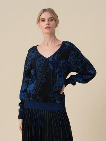 Женский джемпер черного цвета с принтом - фото 2