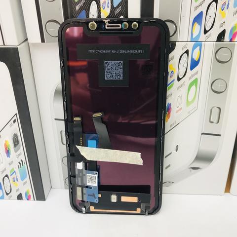 Замена разбитого стекла на дисплее iPhone XR