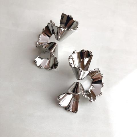 Серьги Стружка, серебряный цвет