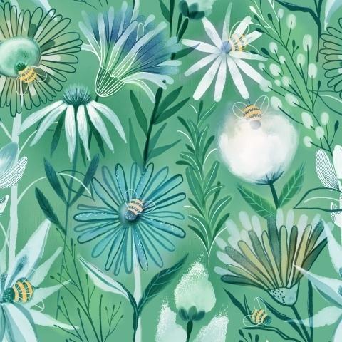 Пчелы и летние цветы