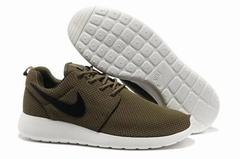 Nike Roshe Run Material Brown White